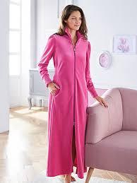 peignoir de chambre féraud la robe de chambre en velours ras fuchsia