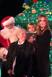 stana niece sofia at legoland ca tree lighting