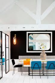 Esszimmer St Le Designklassiker Petrol Farbe Als Akzent Im Interior Moderne Pariser Wohnung
