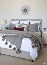 best 25 maroon bedroom ideas on pinterest burgundy bedroom