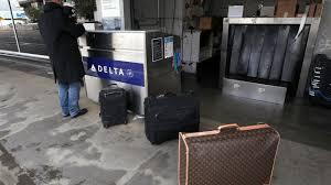 does united charge for luggage u s airlines including delta united continental american