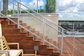 Frameless Glass Handrail Dupont Sentryglas Provides Safer Stronger More Durable Glass