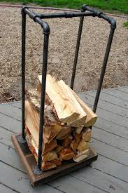 Cord Wood Storage Rack Plans by Best 25 Firewood Rack Ideas On Pinterest Fire Wood Wood Rack