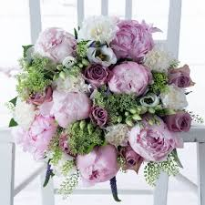 graduation flowers graduation flowers gifts flowers chagne prosecco