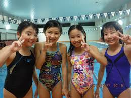 女子小中学生 水泳|