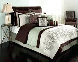 quilt duvet cover meaning duvet covers for mens room duvet covers