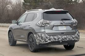 nissan rogue exterior 2017 nissan rogue spied with cosmetic updates autoevolution