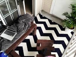 Outdoor Chevron Rug Decorating Textiles Rugs Outdoor Lobbak Ph136471 520x350