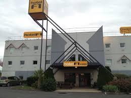 prix chambre hotel formule 1 hotelf1 bourges hotel le subdray voir les tarifs et 31 avis