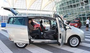 auto con porte scorrevoli ford b max ecoboost l auto che si apre tutta