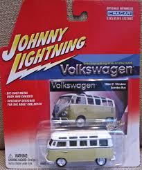 volkswagen bus painting mytoycars johnny lightning volkswagen samba van collection