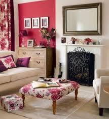 Wohnzimmer Einrichten In Rot Die Ottomanen Modernes Interieur Mit Orientalischem Akzent