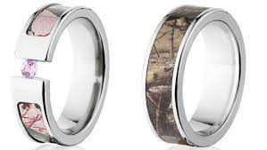 camo wedding band sets wedding rings ideas small diamond patterned camo wedding