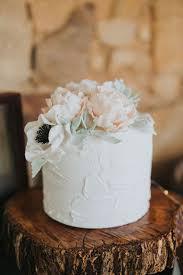 the 25 best single tier cake ideas on pinterest one tier cake