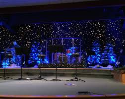 Church Stage Christmas Decorations Glittery Christmassy Church Stage Design Ideas