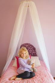 Princess Canopy Bed Easy Diy Princess Canopy Creative Ramblings