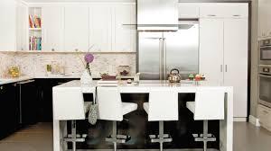 cuisine brun et blanc armoire de cuisine blanche cool caravelle with armoire de cuisine