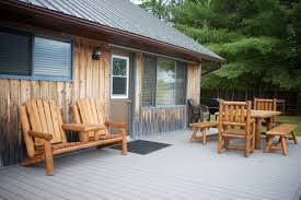 Cottage Pine Furniture by 5 Cozy Cabins For Glampers Parks Blog
