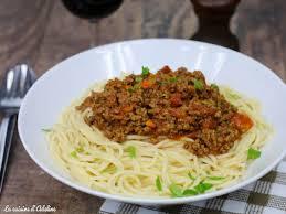 recettes cuisine facile spaghettis à la bolognaise recette facile la cuisine d adeline