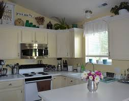 decorating above kitchen cabinets pictures kitchen decorating above kitchen cabinets pinterest amazing above