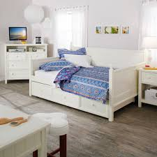 Mix Mid Century Modern With Traditional Furniture Pretty White Wooden Daybed For The Stylish Girls Room
