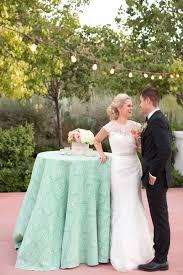 wedding table linens rentals la tavola linen rental bubbly emerald photography