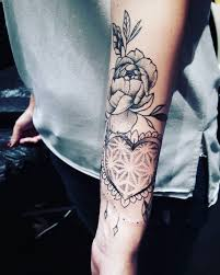 125 stunning arm tattoos for meaningful feminine designs