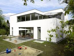 fertighaus moderne architektur hersteller weber fertighaus im bauhausstil schöner wohnen