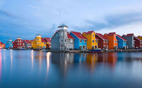 Color Houses by Colorful Houses By The Lake Wallpaper 9841
