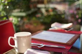 indianapolis area restaurants open day