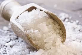 what s the difference between table salt and sea salt sea salt vs table salt which is healthier vianutrition