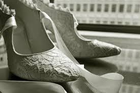 wedding shoes toronto toronto wedding photographers photograph wedding shoes