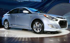 2011 hyundai sonata hybrid information and photos zombiedrive