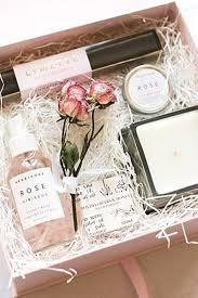 bridesmaid boxes best 25 bridesmaid box ideas on bridesmaid