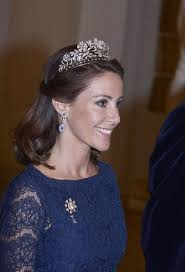 adrienne kiriakis new hairstyle 40 best adrienne images on pinterest royal families royal house