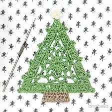top 12 free christmas crochet patterns
