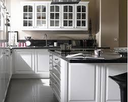 palette de couleur pour cuisine cuisine equipee lumia de castorama style retro coloris blanc