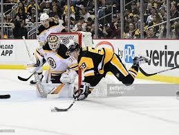 Boston Bruins Home Decor Photos Et Images De Boston Bruins V Pittsburgh Penguins Getty Images