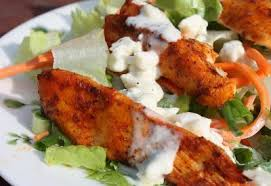 buffalo chicken salad with blue cheese dressing recipe petitchef