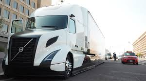 new volvo trucks volvo trucks usa volvo trucks unveils supertruck touts technology at dept of