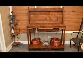 Woodworking Ideas For Free by Build A Garden Potting Work Table For Free Out Of Old Wood Pallets