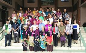 report on unesco roundtable discussion workshop reorienting