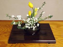 Japanese Flower Arranging Vases Ikebana Kado The Art Of Flower Arrangement Japanese