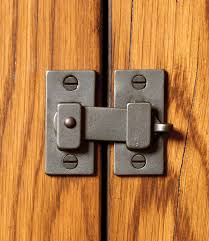 Kitchen Cabinet Latch by Cabinet Latch Cl100 Rocky Mountain Hardware