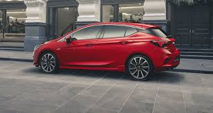 new holden astra 2017 price and features for australia