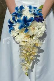 Wedding Flowers Blue A Red White And Blue Wedding Bouquet Pearls Weddings And Wedding