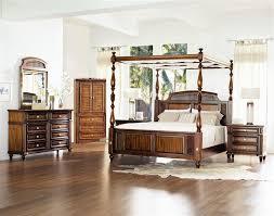 Fairmont Designs Bedroom Set Designs Tamarind Grove Banyon Canopy Bed Set In Honey King