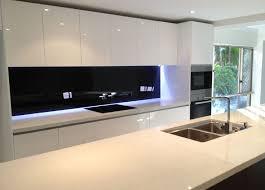black and white kitchen ideas best 25 black splashback ideas on modern kitchen
