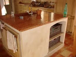billot central de cuisine un vieux billot dans la cuisine 12 photos decoenprovence