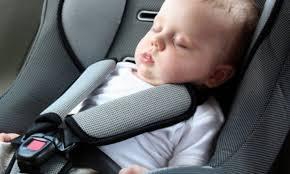 prot e si e auto nonna bambini e una protesi ortopedica dimenticati nelle auto a